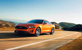 ferrari horse vs mustang horse 2018 ford mustang coupe pictures photo gallery car and driver