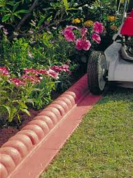 Garden Edging Idea Garden Lawn Edging Ideas