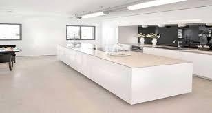 ilot cuisine blanc cuisine blanche avec îlot central design