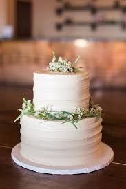 tiered wedding cakes 2 tier wedding buttercream cake from sweet treets at one