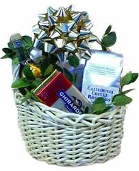 gift baskets 20 gift basket ideas gift food baskets how to make gift basket