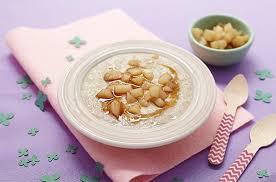 cuisine de bébé bouillie aux flocons d avoine recettes pour bébé flocons et