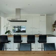 küche bartisch küche weiss mit bartisch wüst schreinerei ag oberriet