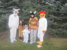 where the things are costume family costume idea 3 where the things are babble
