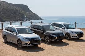 mitsubishi outlander 7 seater 2018 mitsubishi outlander phev first drive of plug in hybrid suv