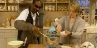 thanksgiving turkey martha stewart watch martha stewart and snoop dogg make mashed potatoes video