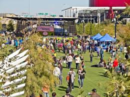 klyde warren park is to a great start but it does need to fix