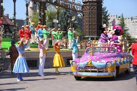 package holidays to disneyland from scotland 2018