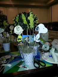 Centerpieces For Birthday by 12 Best Snoopy Birthday Images On Pinterest Snoopy Birthday