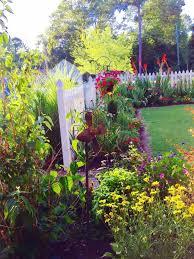 Country Garden Decor Country Home And Garden 1001 Gardens