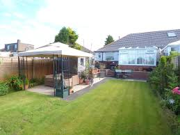 greenhill avenue shaw oldham greater manchester ol2 2 bed