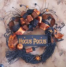 Witch Decorating Ideas Best 25 Halloween Witch Decorations Ideas On Pinterest Diy