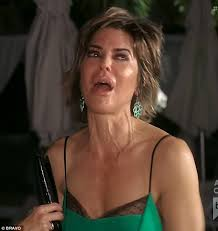 kyle richards hair extensions lisa rinna claims memory lapse to kyle richards on rhobh daily