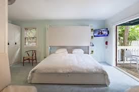 key west lodging near duval street nyah not your average hotelnyah