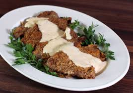 southern country fried steak recipe with creamy gravy