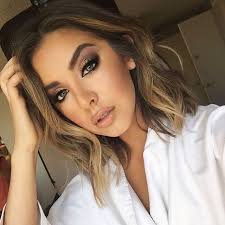 getting hair curled and color best 25 loose curls short hair ideas on pinterest medium blonde