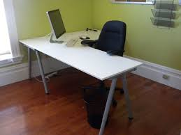 Steel Pipe Desk Furniture White Wooden L Shaped Desk With Grey Steel Pipe Base