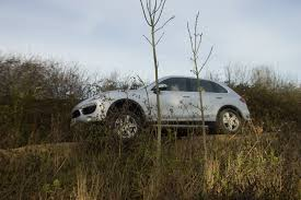 porsche cayenne offroad porsche cayenne road see how well it works pictures