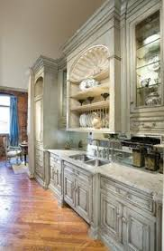 Painting Kitchen Cabinets Antique White How To Paint Antique White Kitchen Cabinets Projets à Essayer