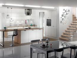 mobalpa cuisine plan de travail cuisine blanche et plan de travail bois recherche