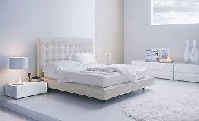 Mời bà con cô bác vào chiêm ngưỡng phòng ngủ của Sakura Images?q=tbn:ANd9GcTrRlbc-Np7rMqR8eiBfv9eOkkgP1JJFTN6rF_g51M0Wuv7CZz7Iw