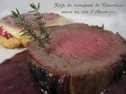 cuisiner un rumsteak rôti de rumsteak de charolais sauce au vin d auvergne le palais