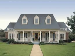 4 bedroom country house plans simple symmetry hwbdo06015 farmhouse home plans from