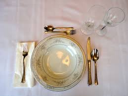 Formal Dinner Place Setting The Queen Of England Eats Like She U0027s French U2013 English Versus