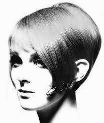 5 facts about 1960 hairstyles us vogue s current creative director grace coddington modelling
