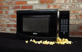 black friday microwave deals budget microwave roundup pick the cheap one reviewed com ovens