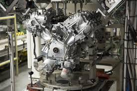 nissan titan v8 mpg nissan titan xd regular titan u0027s gasoline v 8 engine detailed