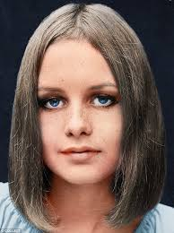 cropped hair styes for 48 year olds twiggy s life in 15 hairstyles daily mail online
