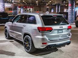 cool jeep cherokee 2018 jeep grand cherokee trackhawk suv with a hellcat heart