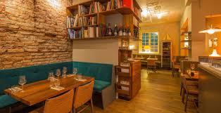Wohnzimmer Restaurant Gehoben Und Urgemütlich Die Einrichtung Des Restaurant Savoy