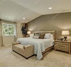 Schlafzimmer Gestalten In Braun Moderne Häuser Mit Gemütlicher Innenarchitektur Kühles