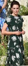 duchess kate the duchess joins the queen at chelsea flower show