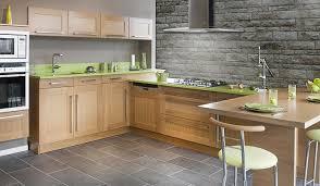 rev黎ement de sol cuisine carrelage dans la cuisine photo 10 10 superbe revêtement de sol