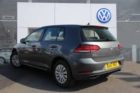find a used grey vw golf mk7 facelift 1 4 tsi s bmt 125 ps 5dr