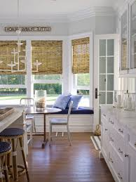 Bay Window Seat Kitchen Table by Bay Window Seating Kitchen Built In Cabinets And A Window