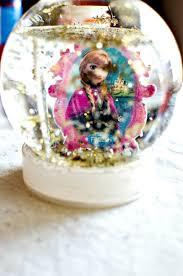 how to make a mason jar snow globe u2013 an easy diy mason jar crafts