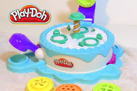 play doh cake cupcake maker frosting toy play set like the ice