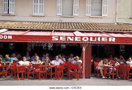 St Tropez Awning Cafe Senequier Saint Tropez France Stock Photos U0026 Cafe Senequier
