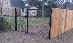 diy chain link fence privacy ideas