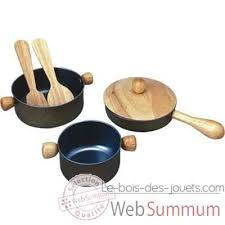 ustensiles cuisine enfants ustensiles de cuisine en bois plan toys 3413 de jouets en bois