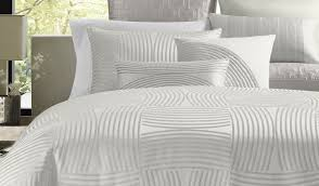 What Is The Difference Between A Coverlet And A Comforter Duvet Bedroom Bedding Stunning Luxury Hotel Bedding Sets Hampton