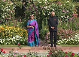 10 000 tulips 135 types of roses welcome to the mughal gardens
