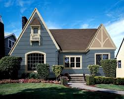 choosing the best color for your home with exterior paint color