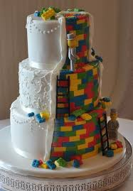 themed wedding cake toppers 79 best lego cakes images on conch fritters