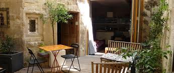 chambre d hôtes à arles à louer pour 6 personnes location n 43429