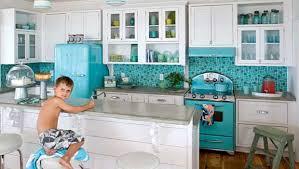 cuisine retro de superbes cuisines retro sur ton de bleu